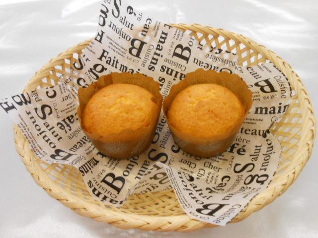 パウンドケーキ ¥100